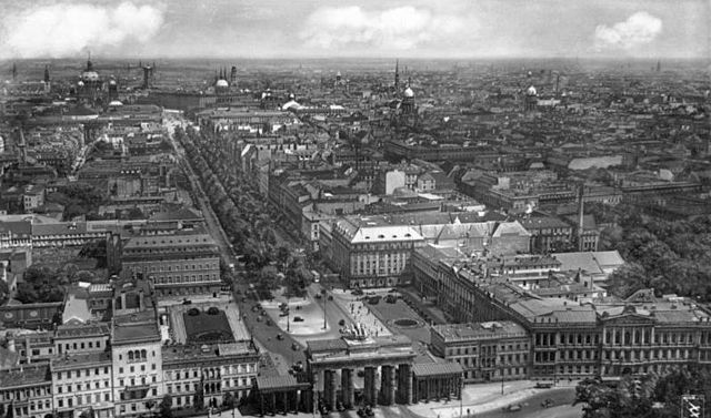 Avenida Unter den Linden en 1988