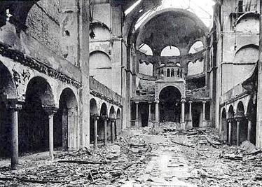 Interior Sinagoga Berlin tras noche de los cristales rotos